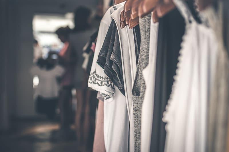 Kinh doanh quần áo, thời trang online