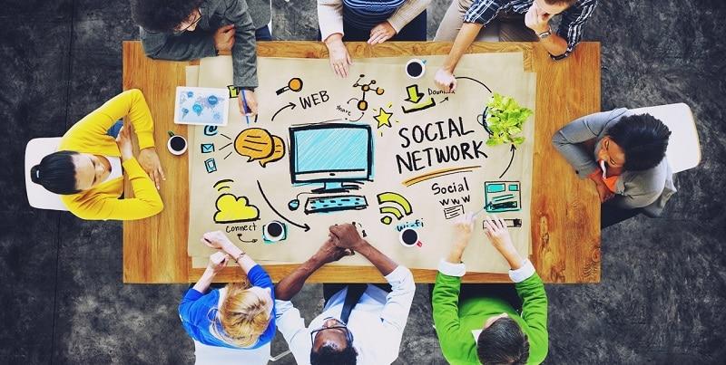 Thiết lập một trang truyền thông xã hội