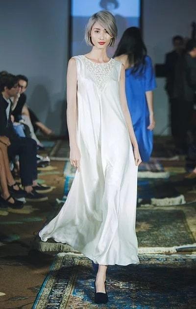 Đầm thôn nữ mang phong cách tự do, phóng khoáng, mang lại vẻ đẹp trẻ trung, quyến rũ