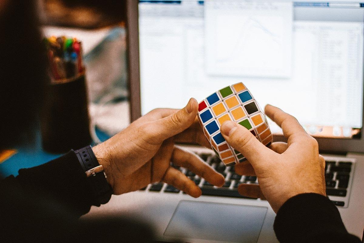 Rubik - Trò chơi trí tuệ được nhiêu người yêu thích trên toàn thế giới