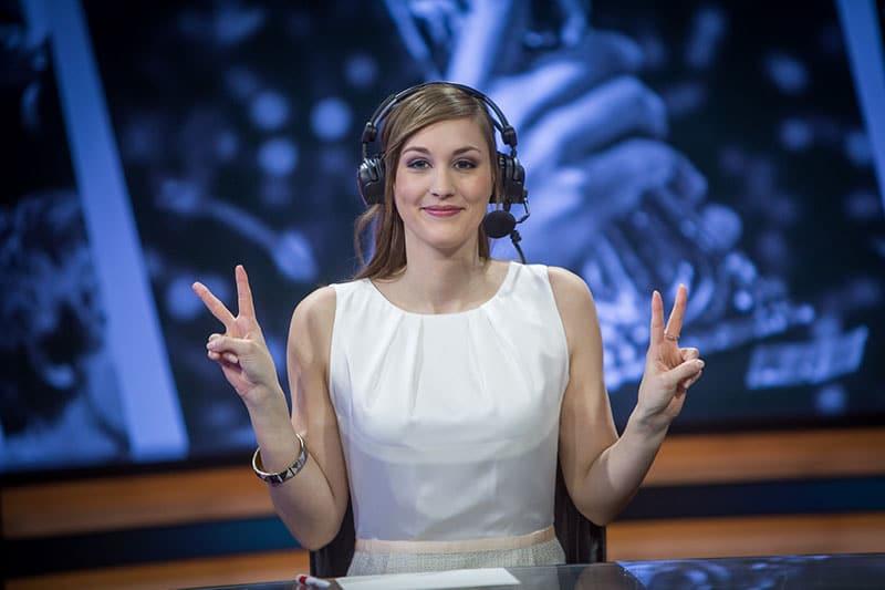 Bình luận viên thể thao điện tử xuất sắc nhất (Esports Host)