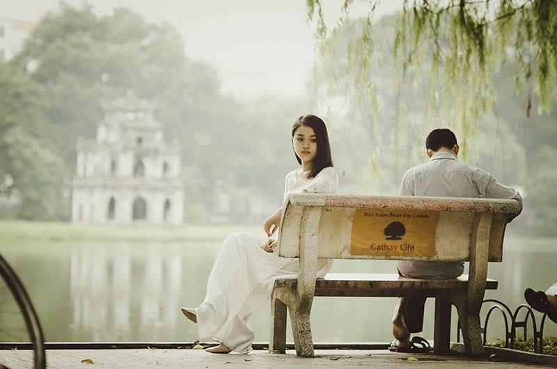Có người yêu rồi nhưng gặp được người tốt hơn thì phải làm sao?