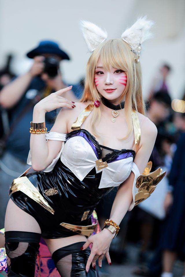 Ngẩn ngơ ngắm bộ ảnh cosplay K/DA Ahri của Aza Miyuko