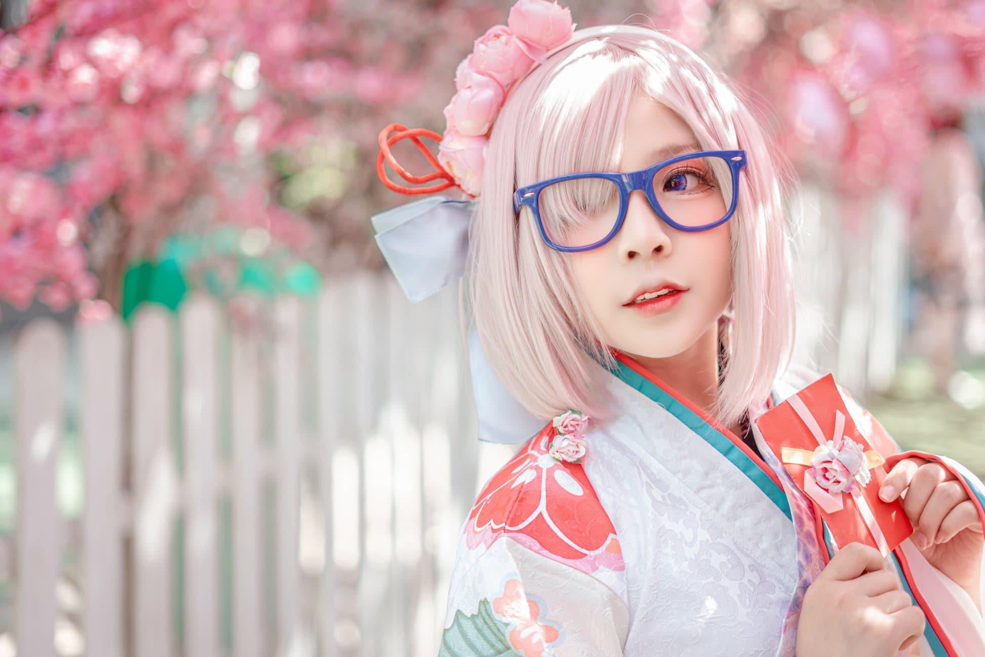 Tan chảy khi ngắm bộ ảnh cosplay Mashu Kyrielight phong cách hoa anh đào