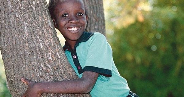 Nkosi Johnson qua đời lúc 5h40 sáng thứ Sáu ngày 1 tháng 6 năm 2001. Hoàn thành 12 năm sống như một chiến binh, can đảm chống chọi với bệnh tật.