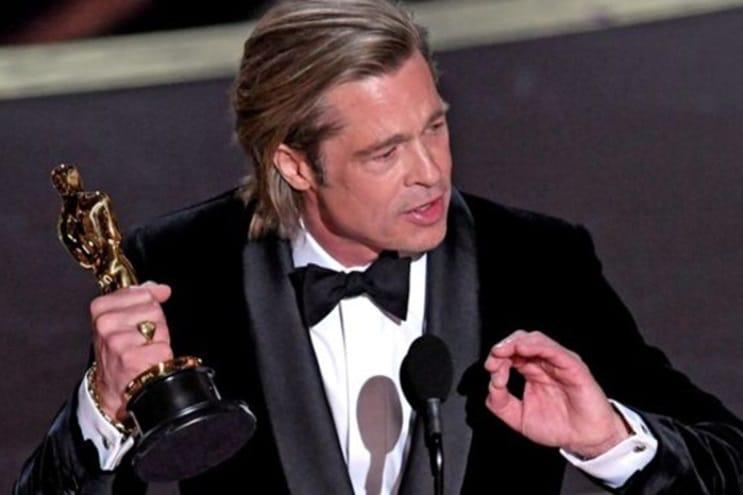 Brad Pitt trên bục nhận giải. Anh nói muốn dành giải này cho 6 người con của mình