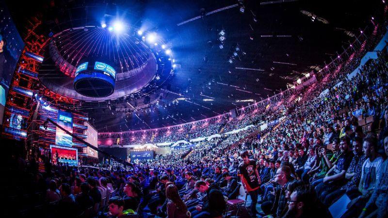 CS:GO : Vòng playoff sẽ không có khán giả?