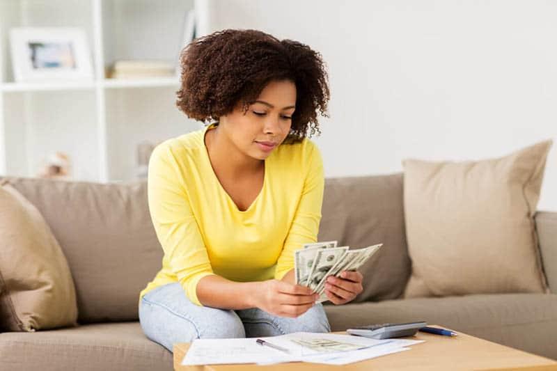 Thoát khỏi cảnh nợ nần