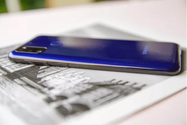 """Galaxy M21: Thiết kế cơ bản, sở hữu lượng pin cực """"khủng"""""""