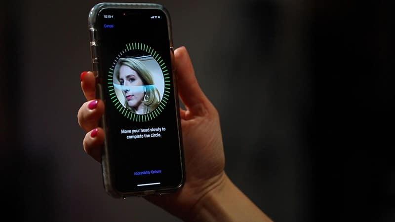 Mở khóa Face ID Apple dễ dàng hơn khi đeo khẩu trang