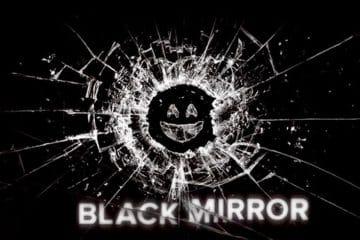 Black Mirror (2011 - ): Muốn được người khác yêu thích bạn phải giả tạo