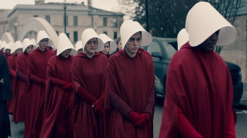 """The Hadmaidd's Tale (2018 - ): Khi phụ nữ chỉ là """"máy đẻ"""""""